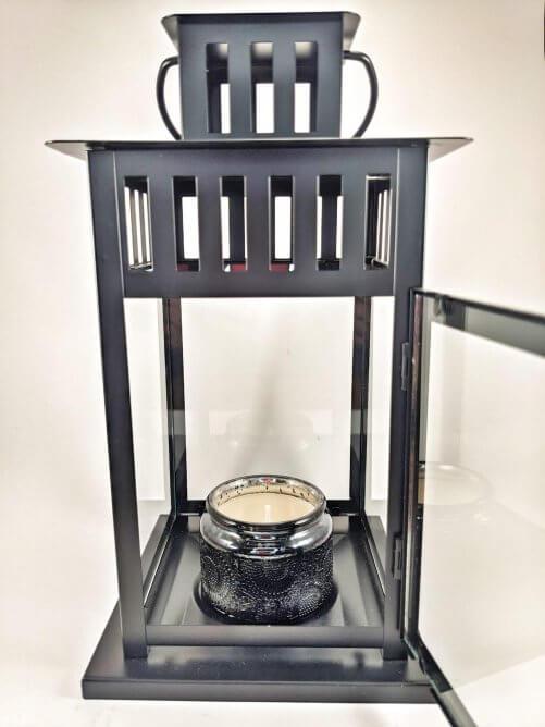 Hollyberry & Coriander Rosewood Small Jar in Lantern