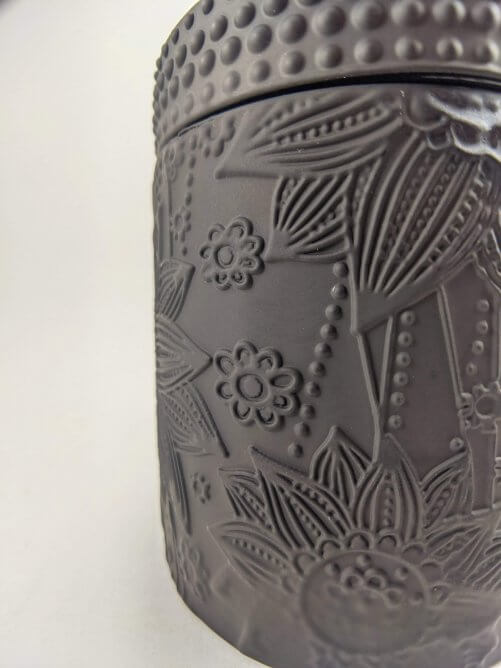 Hollyberry & Coriander Rosewood Flower Jar Side Detail