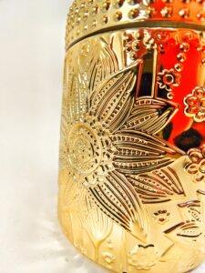 Snowflakes & Cashmere Flower Jar Closeup Detail