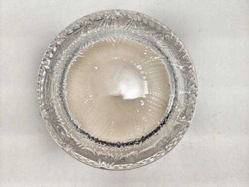 Sweet Vanilla Flower Jar Lid Top Detail